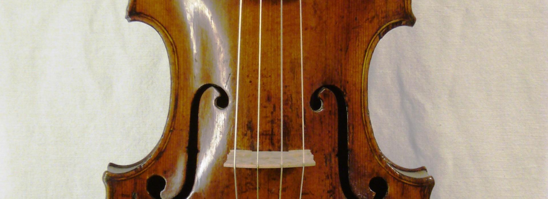 Violine J. Ficker um 1750 Marktneukirchen